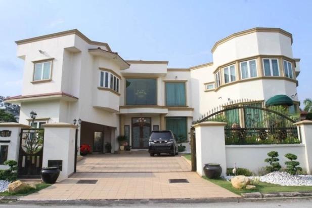 Punca Datuk Aliff Syukri Lelong Rumah Harga RM11 Juta