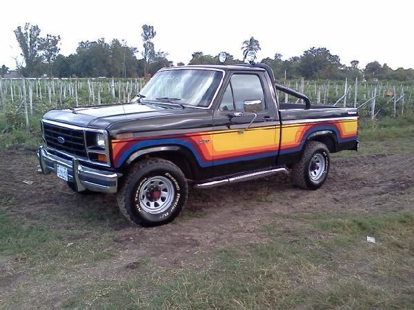 Autos Del Recuerdo Pick Up Ford Explorer Y Explorer Lobo