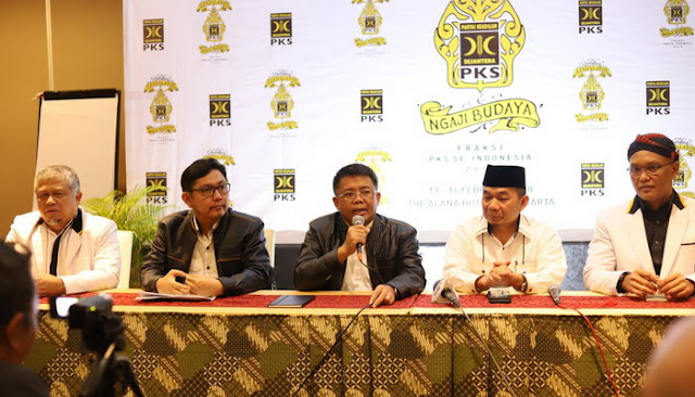 Pelajaran Politik dari 9 Capres PKS