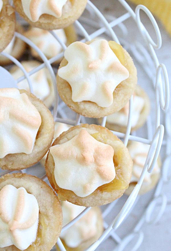 Lemon Meringue Pie Cookie Bites