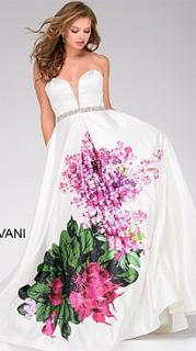 Vestido floral con escote pico profundo para fiesta 2017