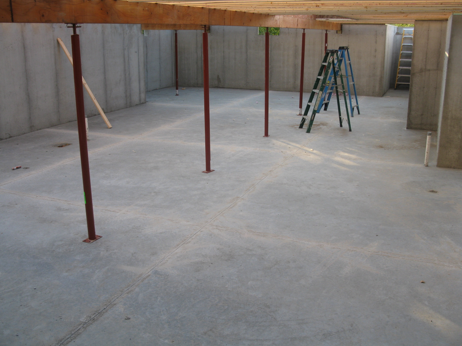 Henderson Homestead Floor Joists and Supports