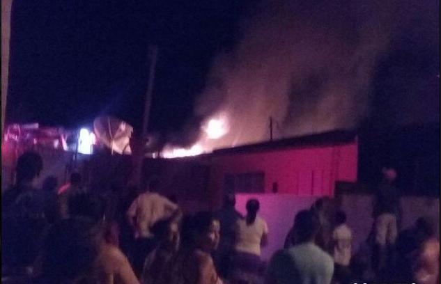Delmiro Gouveia: Incêndio em residência deixa população assustada no bairro Novo Horizonte