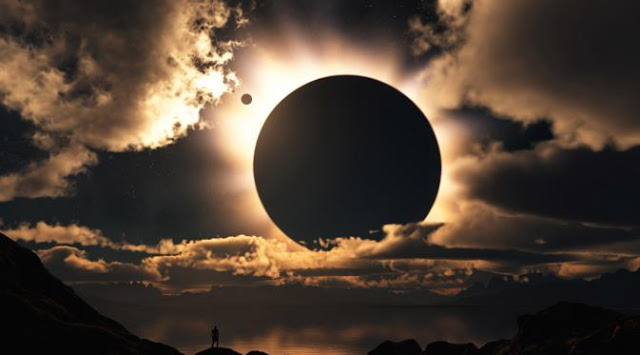 Meniru Ketabahan Bulan
