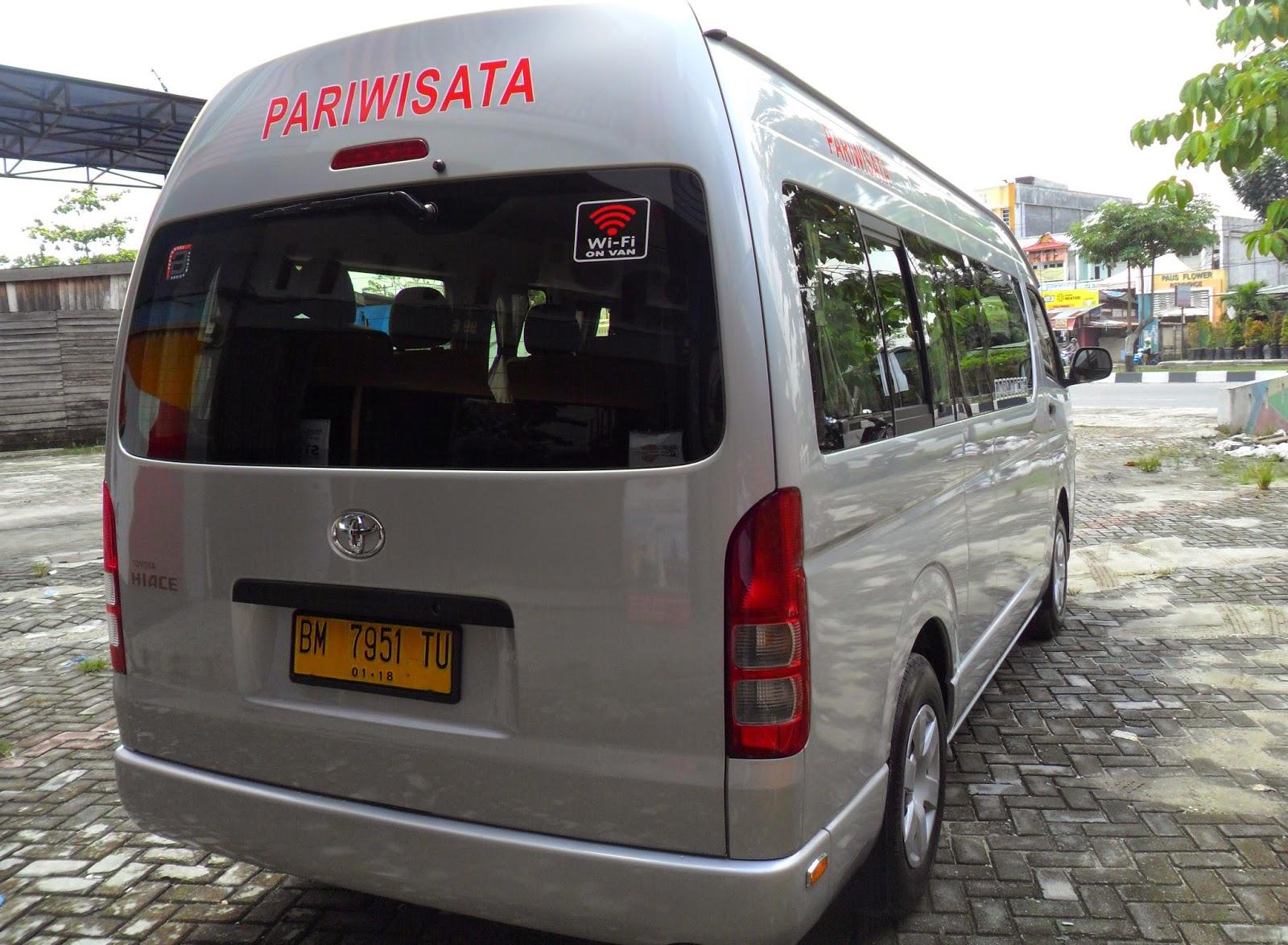 Sewa Bus Pariwisata Pekanbaru aw12