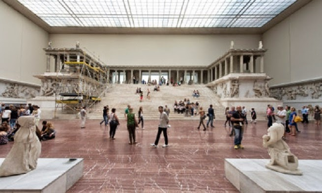 Berlin's Pergamon Altar to close for five year restorations