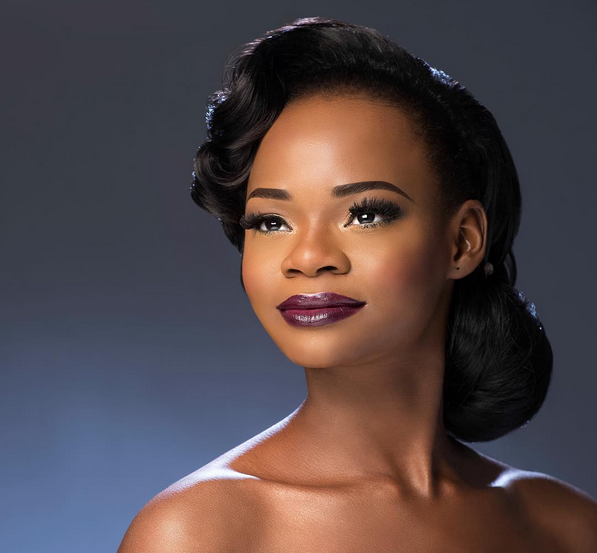 picture of Olajumoke Orisaguna the bread seller