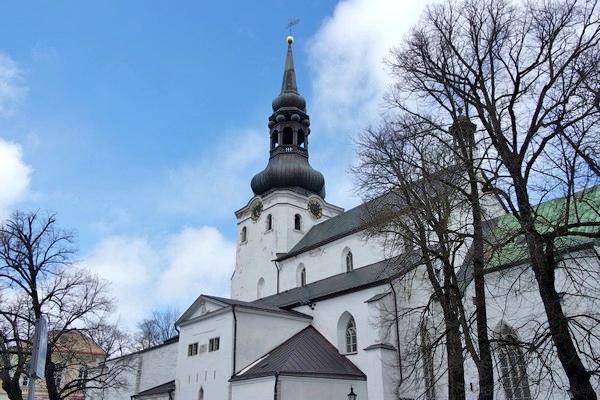 estonie tallinn vieille ville toompea cathédrale sainte-marie
