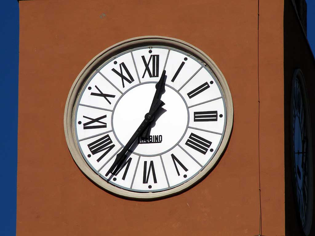 Clock, church of Sant'Andrea, Livorno
