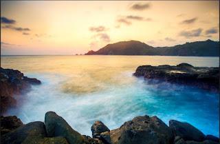 stunning beaches in gunung kidul, wonosari, rute, hotel, penginapan