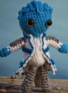 http://diygeekery.files.wordpress.com/2012/04/mass-effect-liara-amigurumi-pattern.pdf