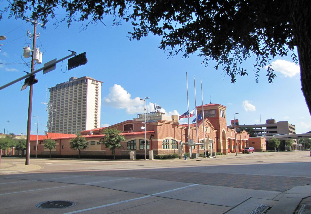 Houston In Pics City Of Houston Fire Station No 8 In D