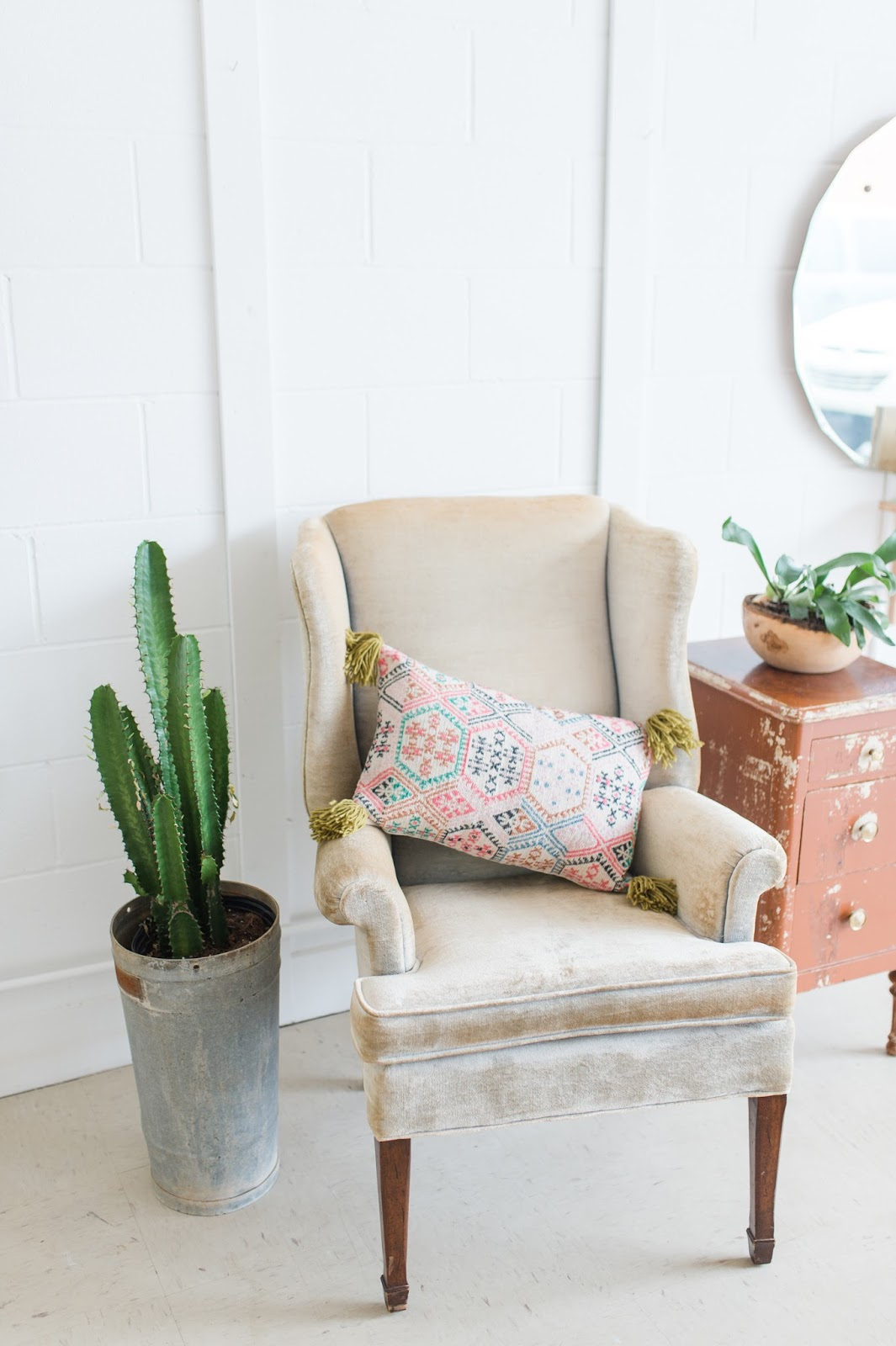 Make an Anthropologie-Inspired Kilim Pillow for Under $5 | LINDSEY ...