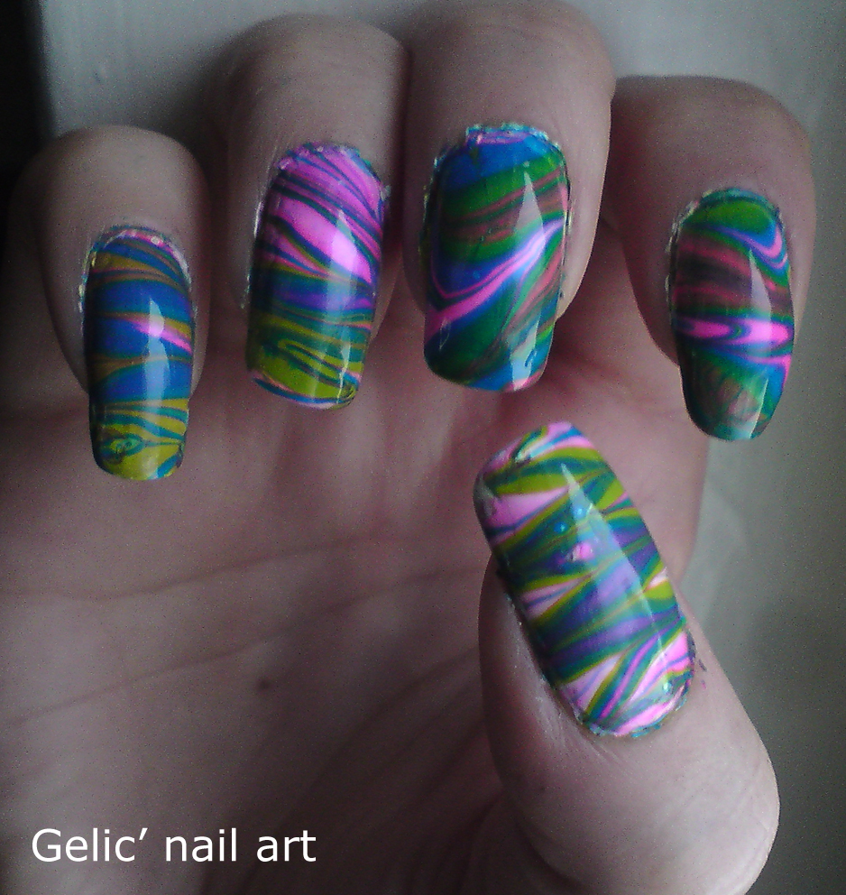 Gelic' Nail Art: Pink, Blue And Green Water Marble
