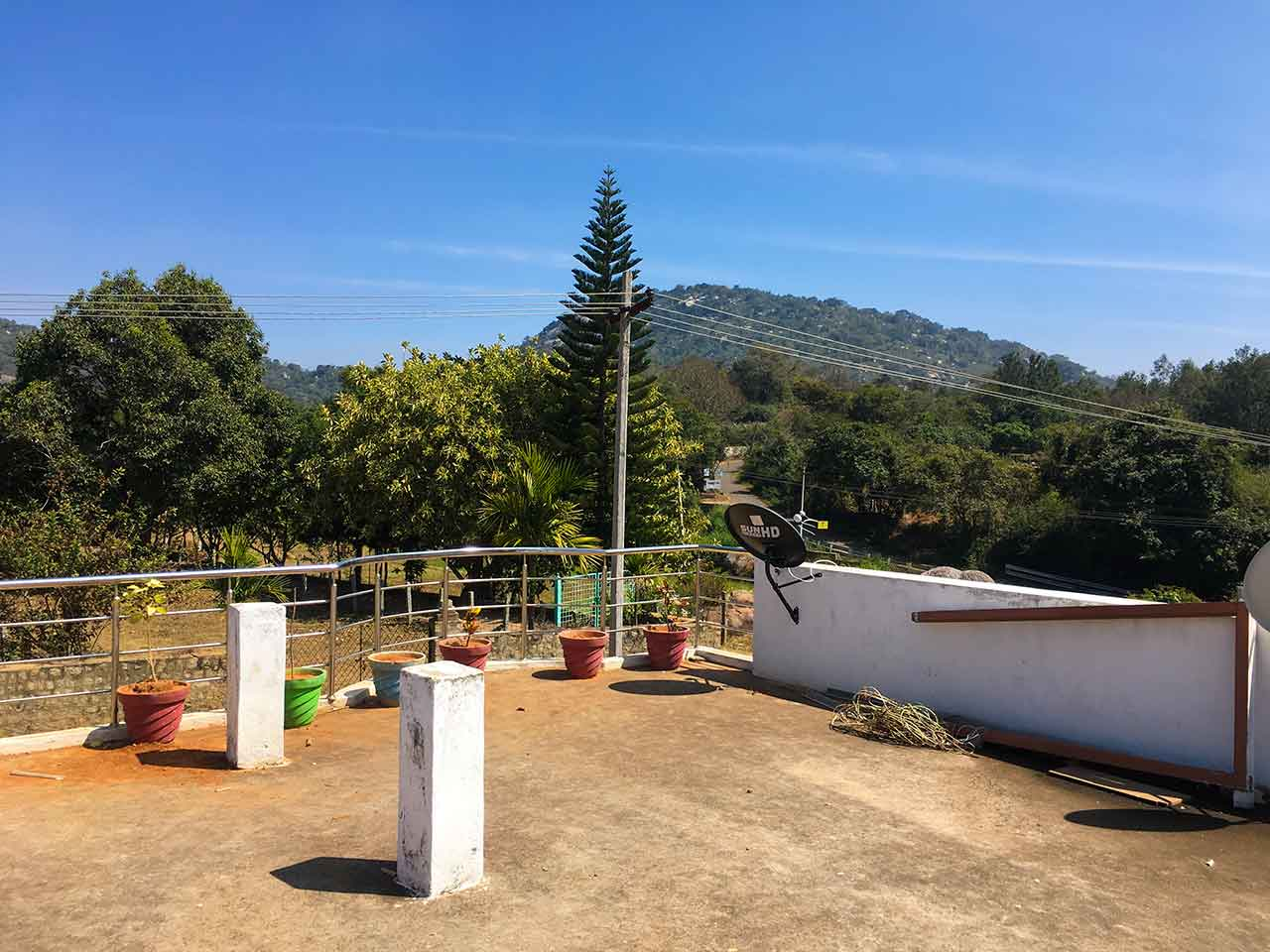 cottages in yelagiri hills with swimming pool