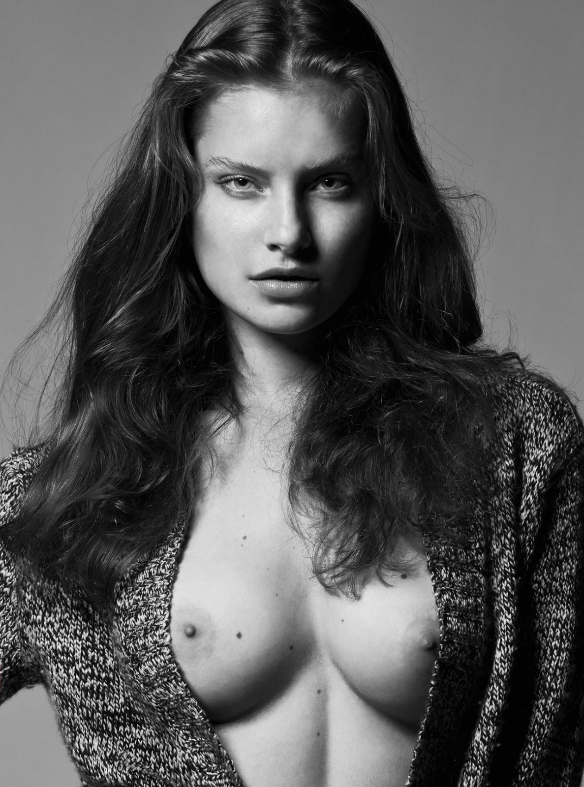 Emily ratajkowski in micro bikini 29 Photos picture