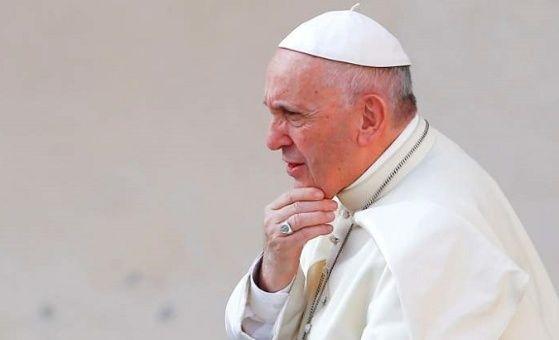 Llegan a Italia obispos chilenos que se reunirán con el papa