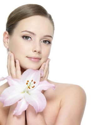 nước uống collagen giúp da luôn mịn màng, trắng hồng rạng rỡ