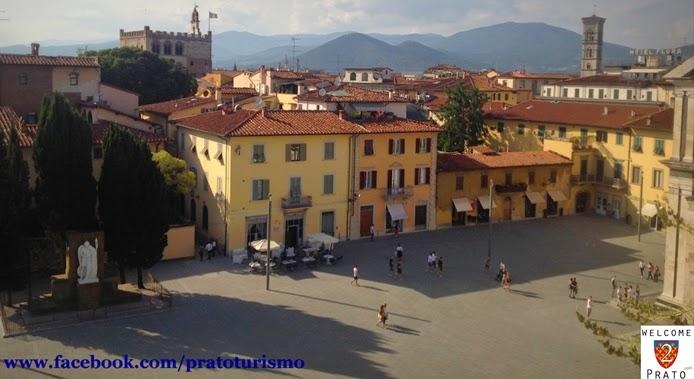 Veduta - Piazza delle Carceri - Castello