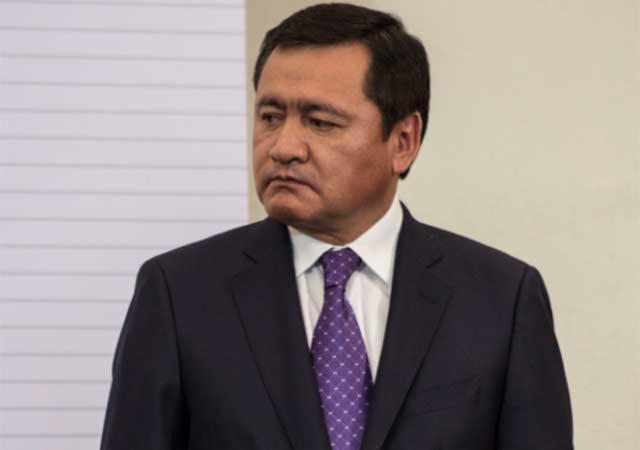 ¿En una palabra como describes al Priista Osorio Chong?