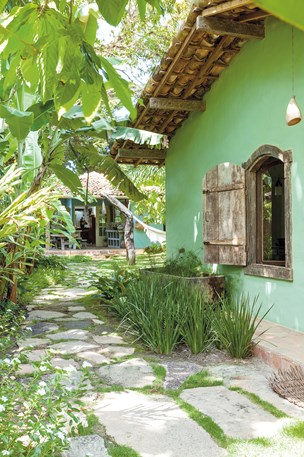 Luxurious beach house home of Anderson Cooper in Trancoso, Brazil on Hello Lovely Studi