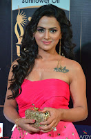 Sraddha in Sleeveless Off Shoulder Pink Dress at IIFA Utsavam Awards March 2017 018.JPG