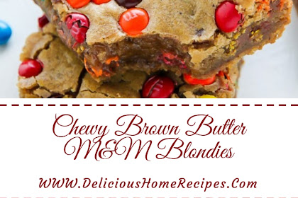 Chewy Brown Butter M&M Blondies #christmas #cookies