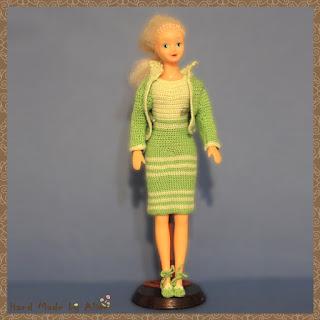 деловой костюм для Барби крючком