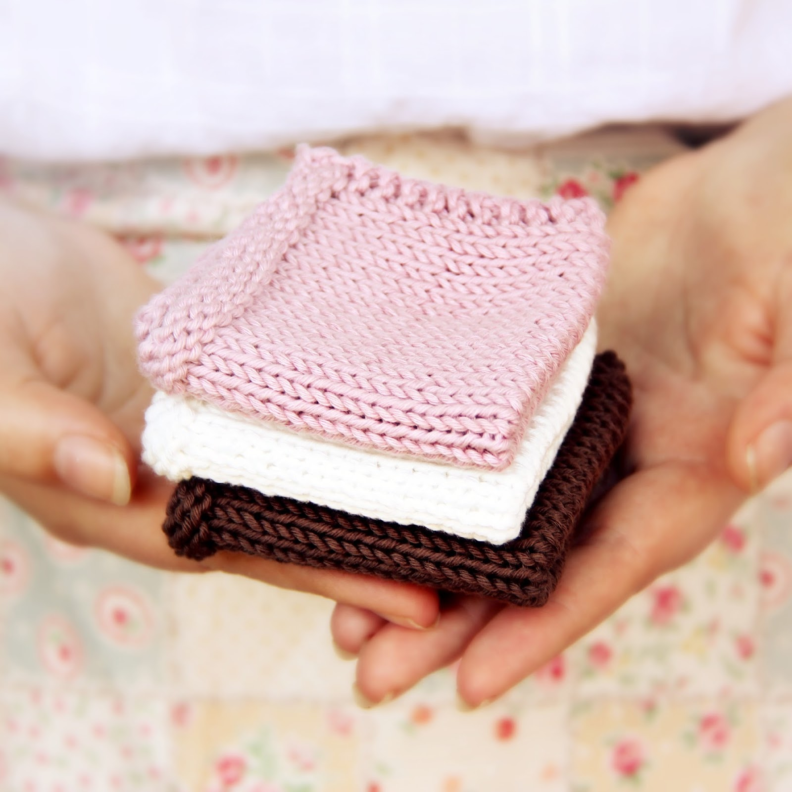 Free Downloadable Pretty & Practical Dishcloth Knitting Pattern ...