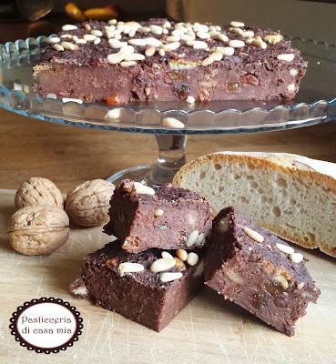 torta di pane raffermo cacao e frutta secca ricetta di pasticceria di casa mia