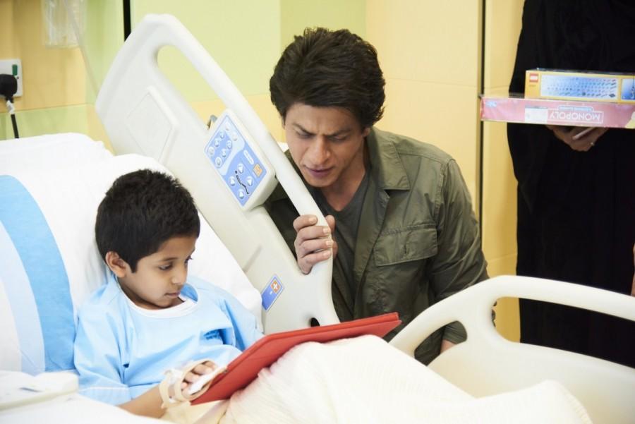 Shahrukh Khan Visits Al Jalila Children Specialty Hospital in Dubai