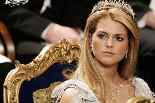 Top 10 Most Beautiful & Hottest princesses today
