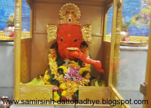 श्रीमूलार्क गणेश जी , श्रीमूलार्क गणेश, Moolark Ganesh, अंगारक संकष्ट चतुर्थी ,स्वयंभू, Gurukshetram, Shree Aniruddha Gurukshetram, Shree Aniruddha, Gurukshetram, Seva, temple, Rudra Seva, Aarti, Chandikakul, Mahishasurmardini, Trivikram, Happy home, Khar, Mahadurgeshwar, deity, Pujan,  Rudra,  Dattayag, Chandika, Havan, goddess, abhishek, bell, ghanta, God, prayer, Lord, devotion, faith, teachings, Bapu, Aniruddha Bapu, Sadguru, discourse, भक्ती, बापू, अनिरुद्ध बापू, अनिरुद्ध, भगवान , Aniruddha Joshi, Sadguru Aniruddha, Aniruddha Joshi Bapu,