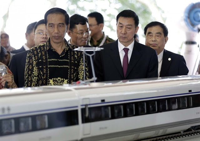 Indonesia Alami Kerugian, Kereta Api Cepat Tak Efisien