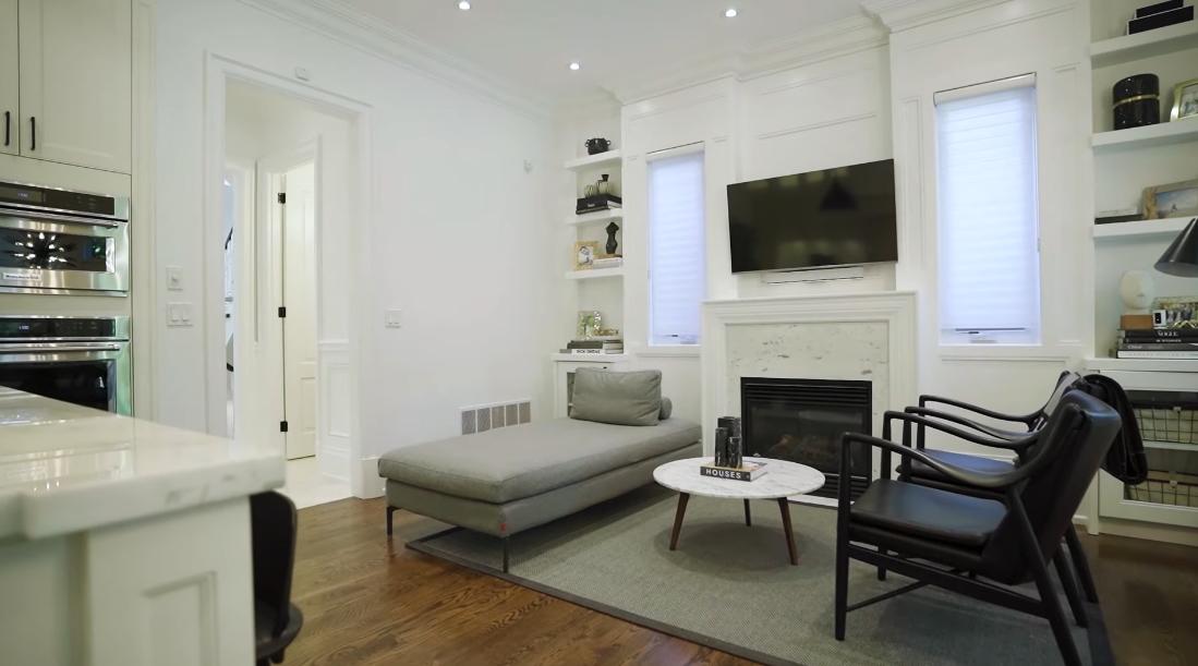 Tour 100 Snowdon Ave, Toronto vs. 43 Interior Design Photos