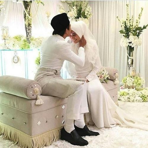 Gambar Nazim Othman & Bella Dally nikah, gambar pernikahan Nazim Othman & Bella Dally, gambar kahwin Nazim Othman & Bella Dally, foto majlis akad nikah Nazim Othman & Bella Dally, majlis resepsi Nazim Othman & Bella Dally