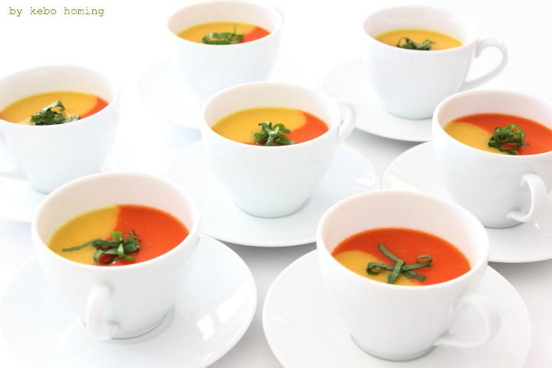 Zweierlei von der Paprika fürs Familienessen Menü, Paprikasuppe von der gelben und roten Paprika in der Tasse serviert, das Rezept auf dem Südtiroler Food- und Lifestyleblog kebo homing, Foodstyling und Fotografie