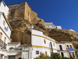 Setenil de las Bodegas - Zona del Alcázar