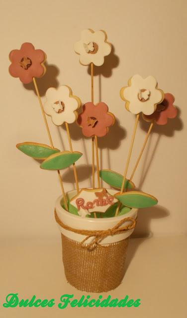 Maceta de galletas en forma de flor