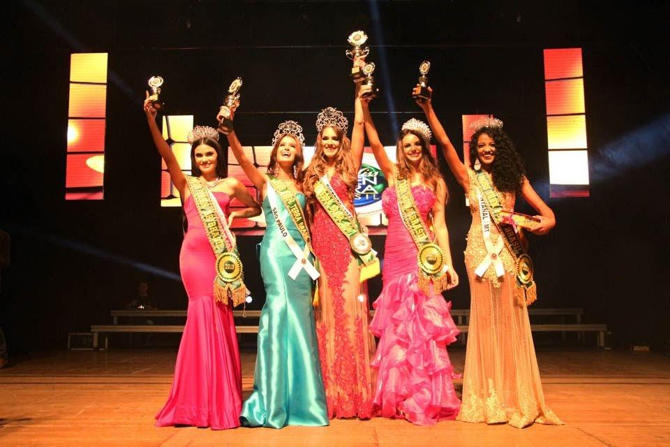Finalistas do Miss Teen Terra Brasil 2018 e 2019. Foto: Roni Nascimento