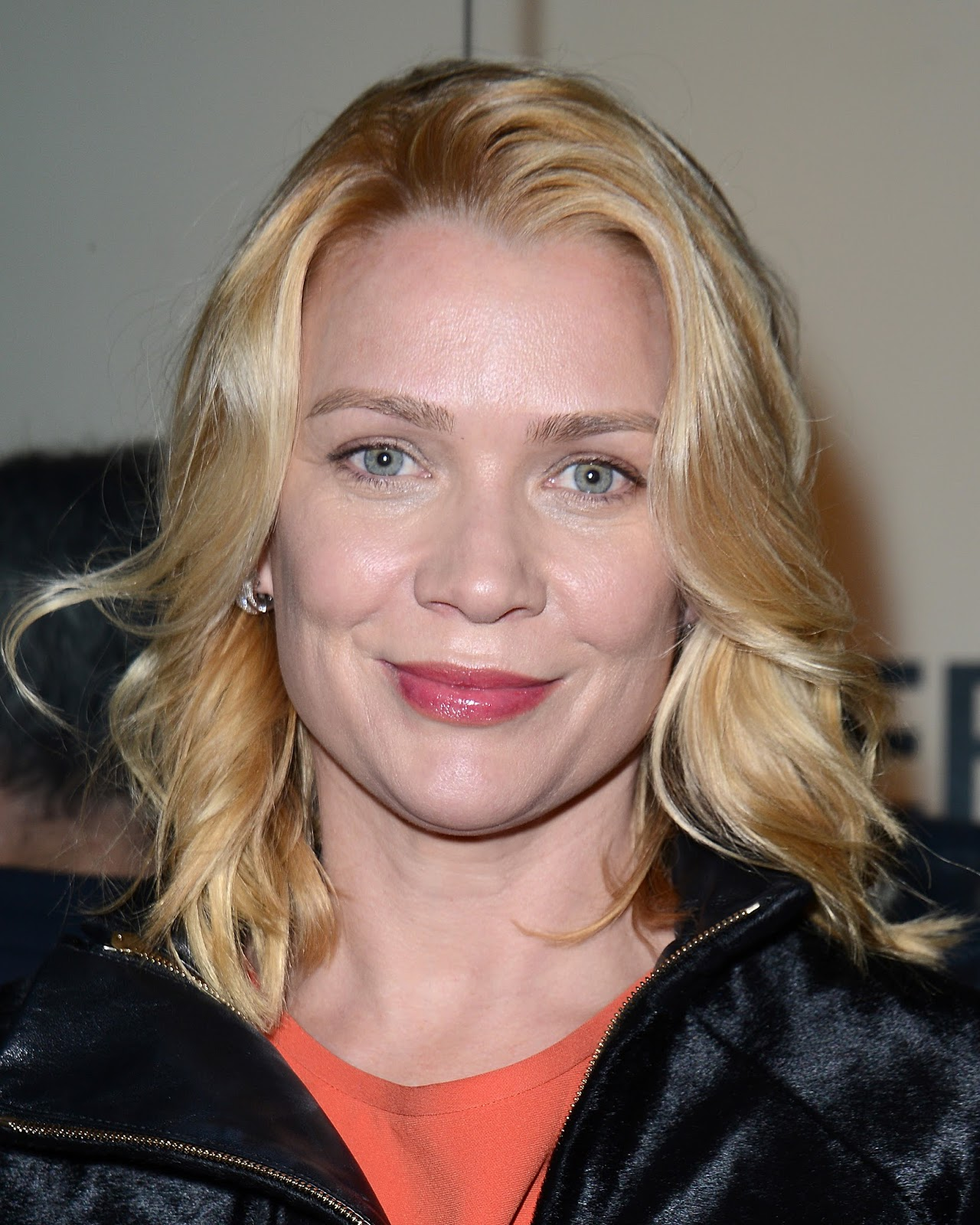 Hot Bucket Laurie Holden