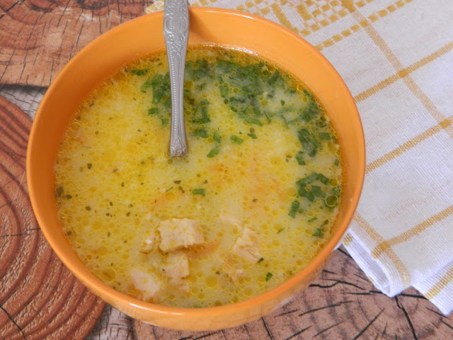 Ciorba din piept de gaina cu orez si iaurt
