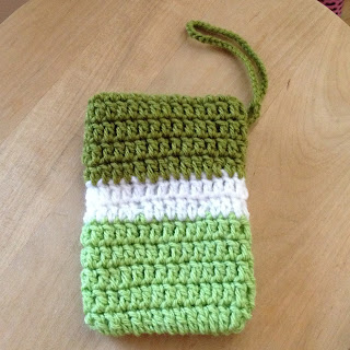 crochet iphone 4S cozy