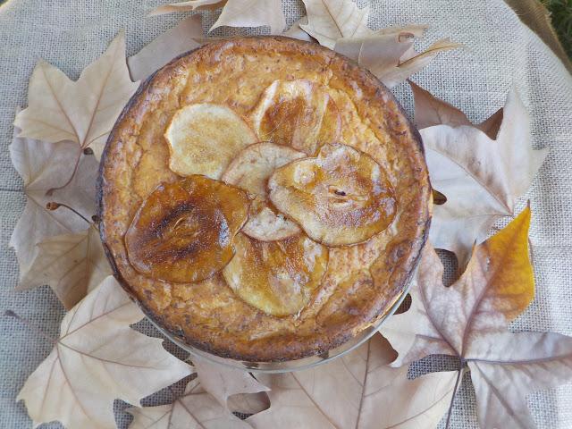 ricotta-tart, tarta-de-requeson-y-peras-caramelizadas