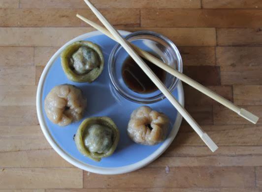 https://cuillereetsaladier.blogspot.com/2013/11/raviolis-vapeur-vegetariens-deux.html