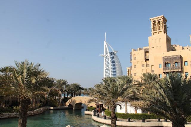 Burj al Arab Madinat Jumeirah luksus / nähtävyydet lasten kanssa Dubaissa