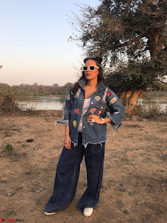 Neha Dhupia In seasame and Swarovski on the sets of roadies Rising (3) ~ .jpeg