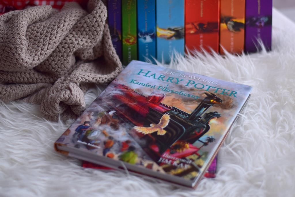 J.K. Rowling, Harry Potter i Kamień Filozoficzny (wydanie ilustrowane)