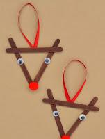 manualidad para navidad de renos con palitos de helados