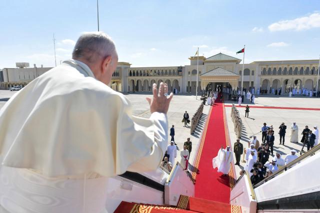 """El Papa dice que para mediar en Venezuela tienen que pedirlo """"las dos partes"""""""